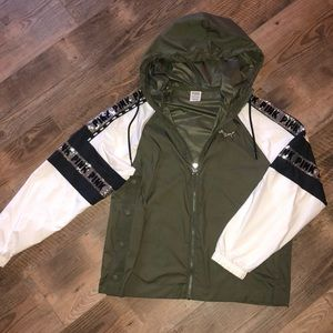 ARMY GREEN ANORAK JACKET - VS PINK